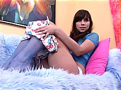 Petite brunette in fis... from Xhamster