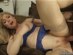 Alpha Porno - Nina Hartley in linger...