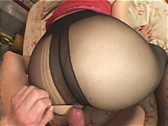 Sexy Japanese babe get...