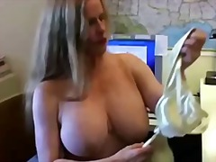 Busty cougar in fishne...