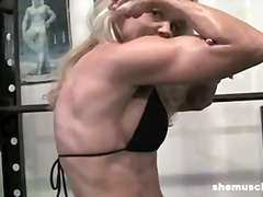 Mature Blonde Gym Inst...