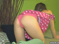 Teen in sexy pink dress from Xhamster