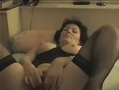 Amateur Mature Masturb...