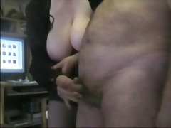 Mature masturbating from Xhamster