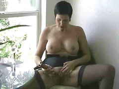 Mature solo from Xhamster