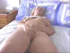 Amateur Wife Orgasms R...