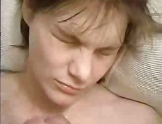 Amateur ins Gesicht ge... from Xhamster