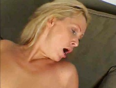 Cougar Likes To Feel H...