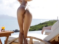 Leila Outdoors from Xhamster
