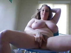 Chubby Rubbin' In The ... from Xhamster