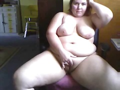 Chubby Chick Playz from Xhamster