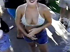 BEach video - girl in ...