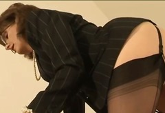 Mature stockings briti... from DrTuber