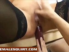 Lesbians squirting fro...