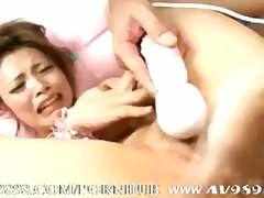 Japanese AV idol pussy... from PornHub