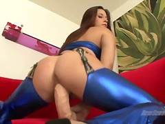 Talia Palmer sit her c... from Yobt TV