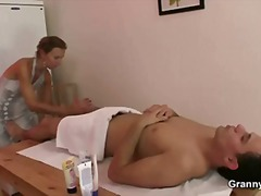 Old masseuse takes it ...