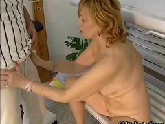 Dirty mature woman get...