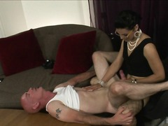 Yobt TV - Smut transsexual redhe...