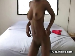 Amateur Big Titty Lati...