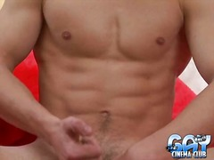 Hunk of lad stud pulls... from Yobt TV