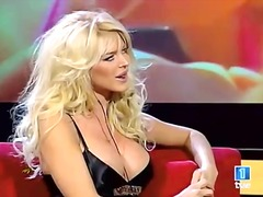 Victoria Silvstedt tit...