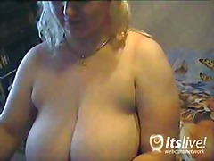 Bustyklara Webcam Show... from Over Thumbs