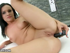 Yobt - Melanie Doll doesn't n...