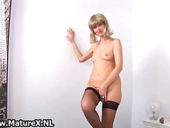 Horny mature housewife... from DrTuber