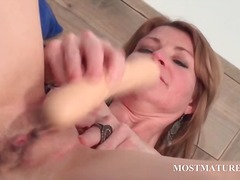 DrTuber - Mature hottie dildoes ...