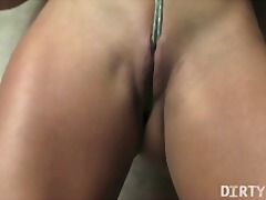 Fit sexy babe plays wi... from Xhamster