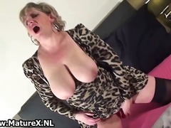 Horny mature mom weari... from DrTuber