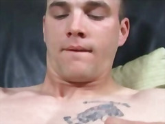 H2porn - Stud from campus plays...