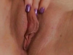 Horny blonde beauty sh... from H2porn