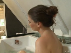 Adorable milf jessica ... from Wetplace