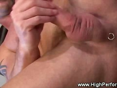 Gay muscle garbs his f... from BoyFriendTV