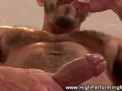 Gay hunk gets a handfu... from BoyFriendTV