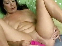 Mature babe has a nice... from H2porn