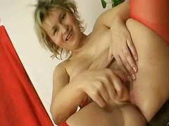 Yobt TV - Mature milf in red nyl...