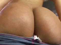 Teen tranny pleases he...