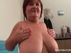 Mature busty babe mast... from DrTuber