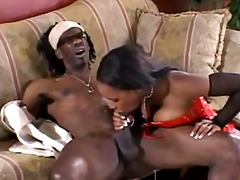 WinPorn - Phat ass ebony gives b...