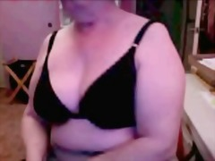 Granny titty show from Xhamster
