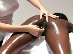 Xhamster - Ebony beauty gets sens...