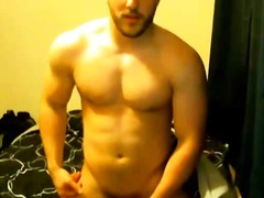 Sexy muscle guy jerkin... from BoyFriendTV