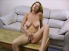Keez Movies - The slutty looking gir...