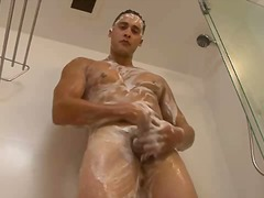 Solo wanking guy pleas...