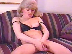 Lonely vintage ts milf...