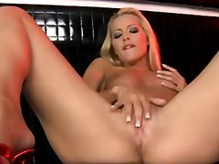 Sophie moone shows del... from Pornoid