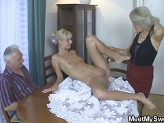 Yobt - He finds his mom and s...